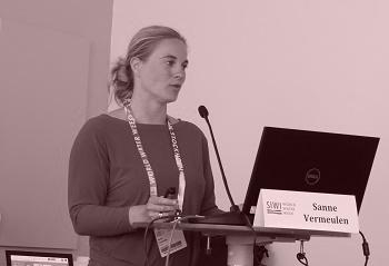 Sanne Vermeulen moderating meeting